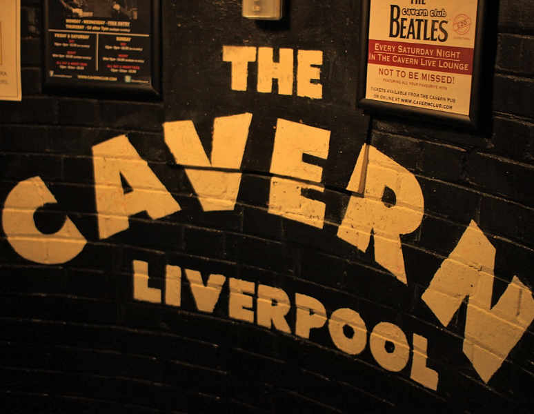 Cavern Club Liverpool, Stairs